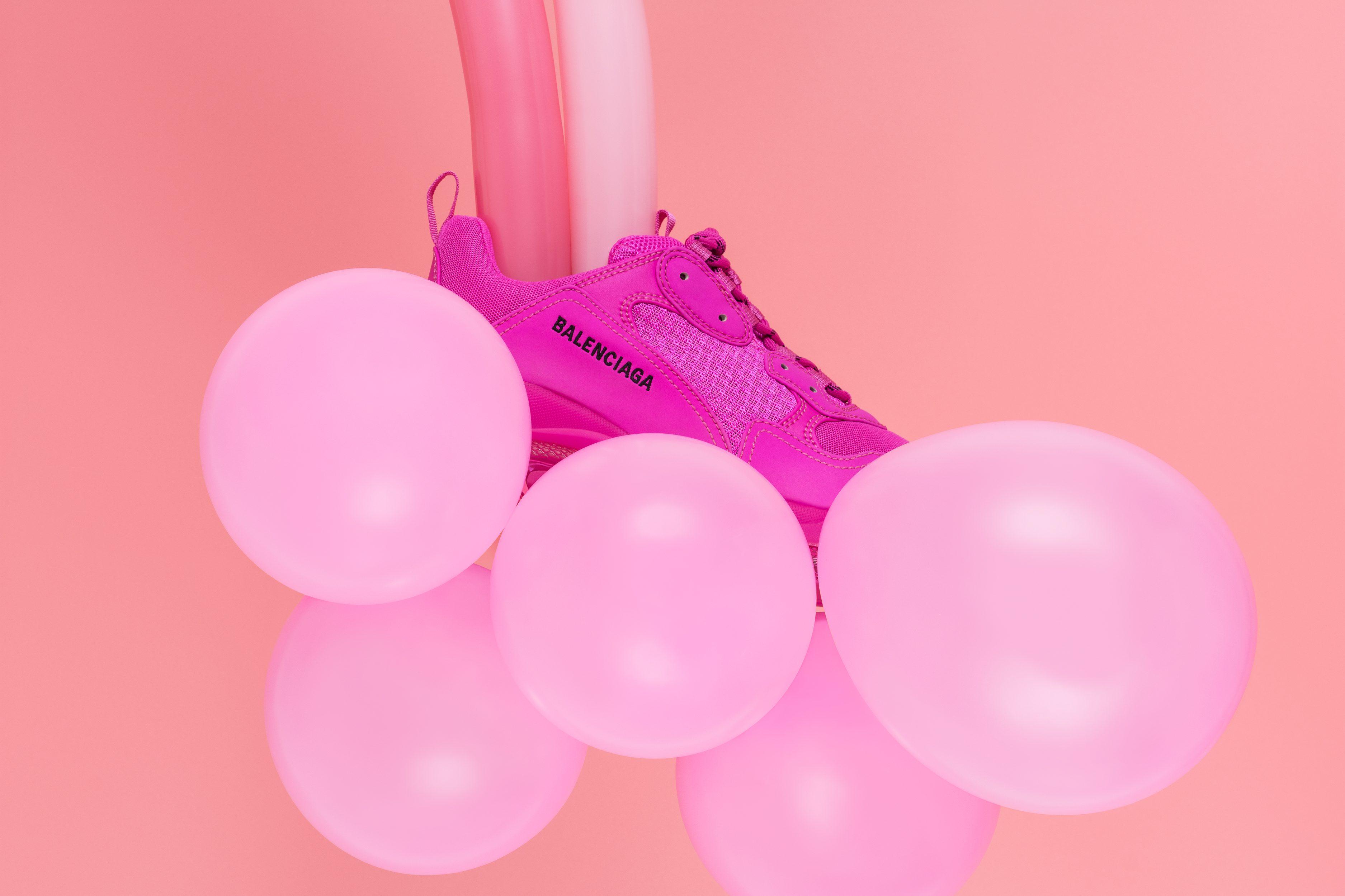 Balenciaga_Triple_S-Pink-Sneakers-SH_01-02©Aivaras_Simonis