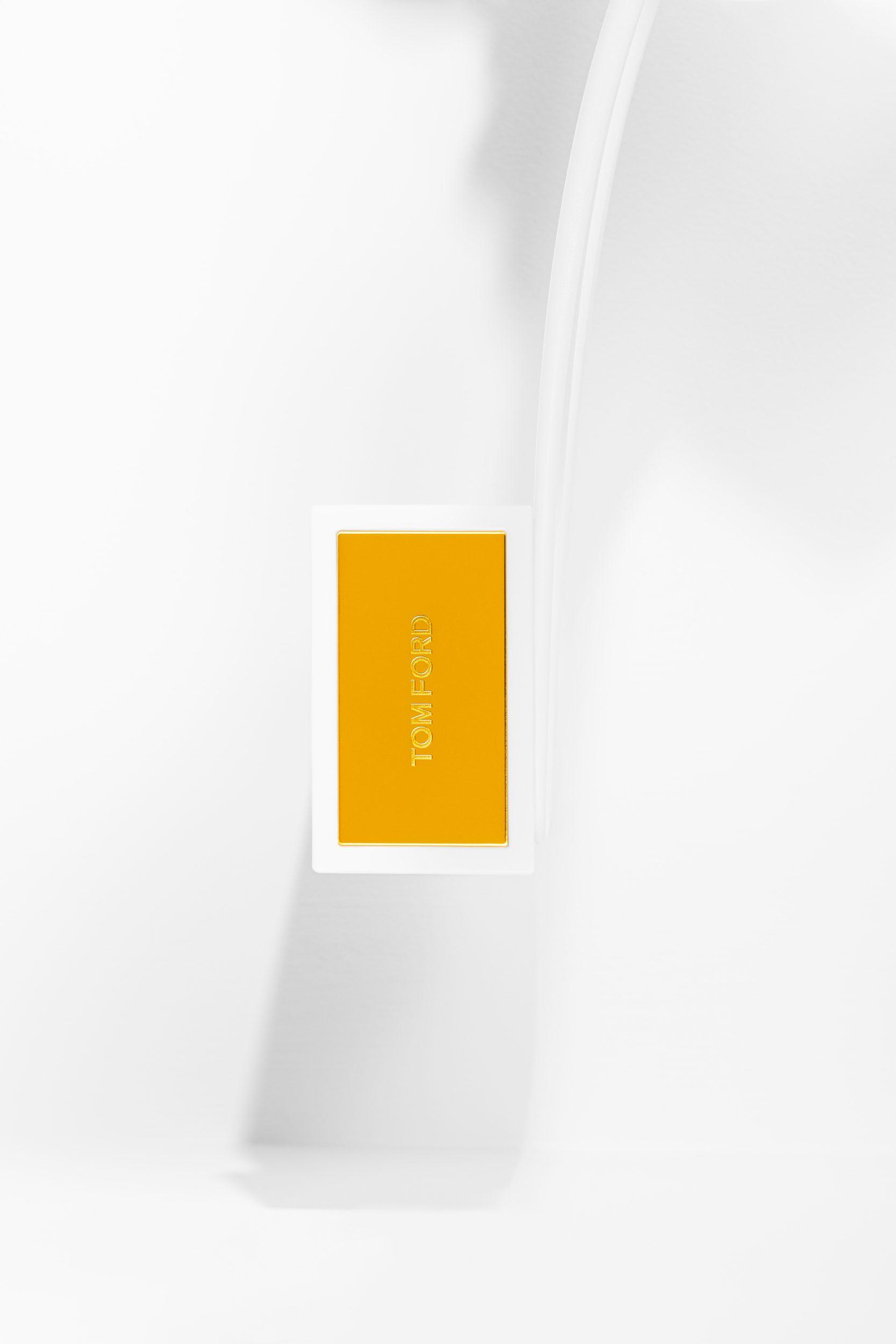 Tom_Ford_Soleil_Blanc-Eau-De-Parfum-SH_01-02©Aivaras_Simonis